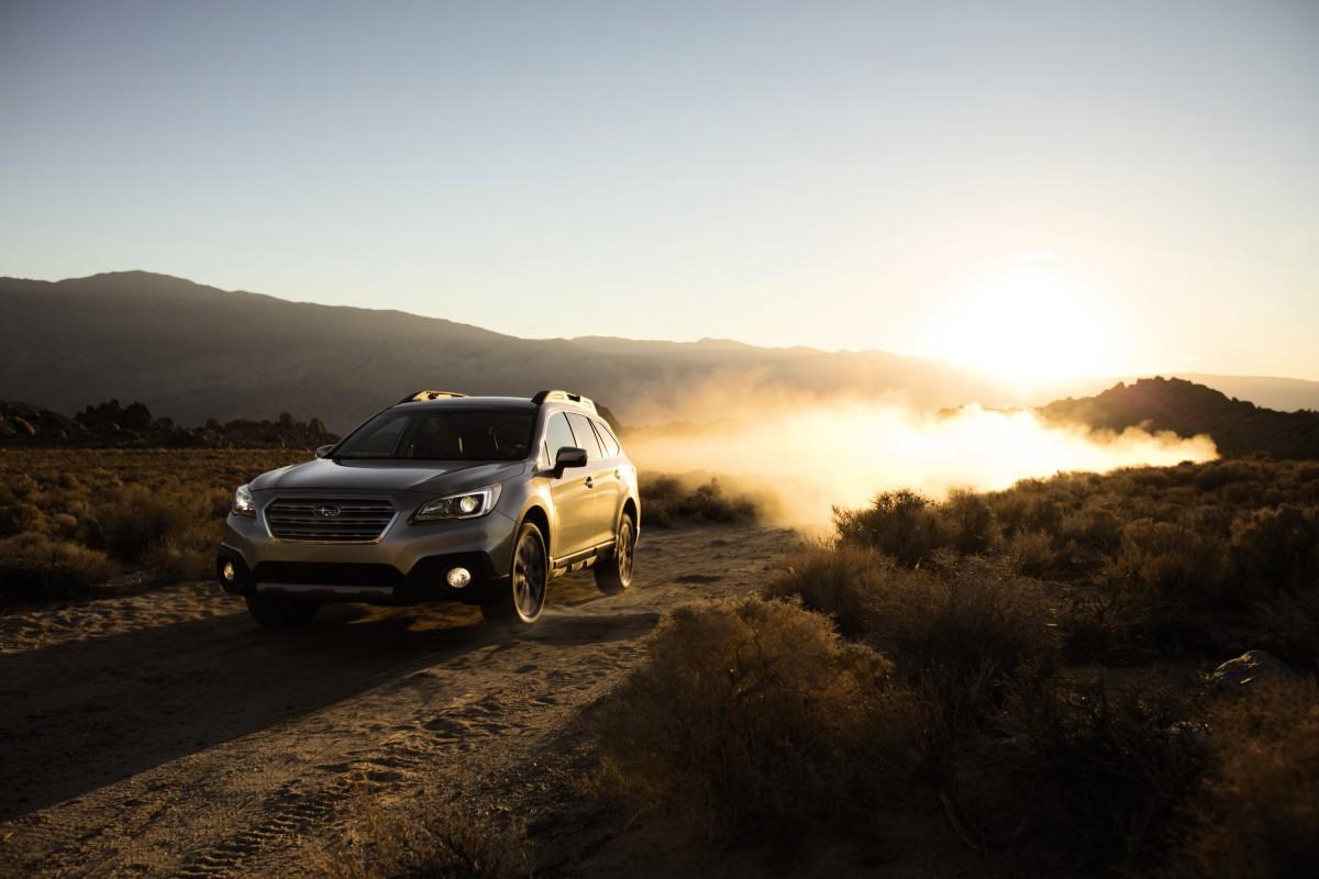 2016 Subaru Outback Limited 3.6  Outback  Premium Crossover/WagonAlternative