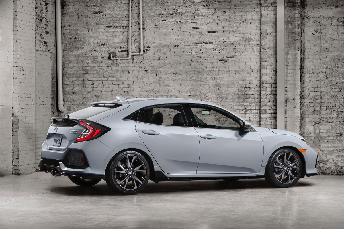 2017 Honda Civic Hatchback Sport Touring Edition is the Class Leader